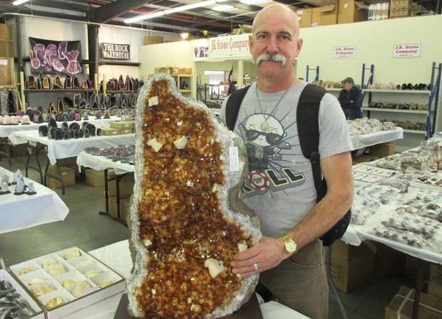 Himalayan Salt Lamps Thunder Bay : Thunder Bay Rock Show Jacobs Trading Rock & Crystal Shop
